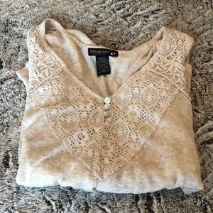 Lace Detailed Long Sleeve Top